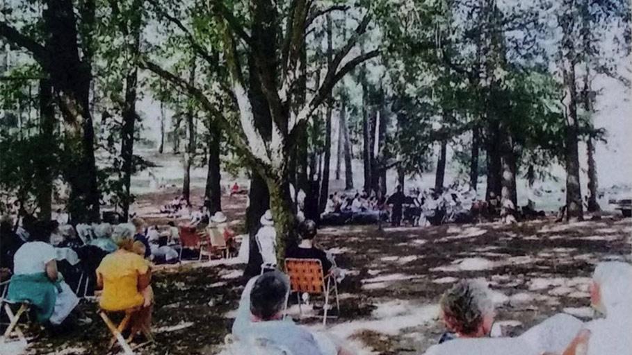 Harcourt Applefest Concert 1993 by Harcourt Heritage